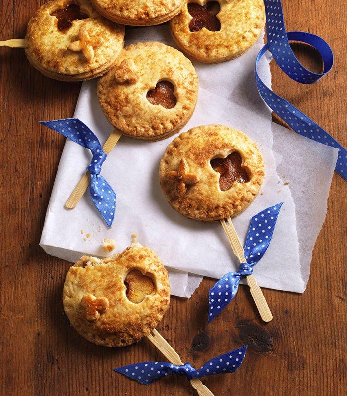 Almás pite nyalókák