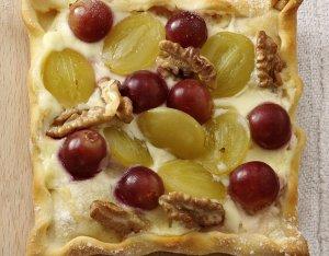 Diós – szőlős pizza