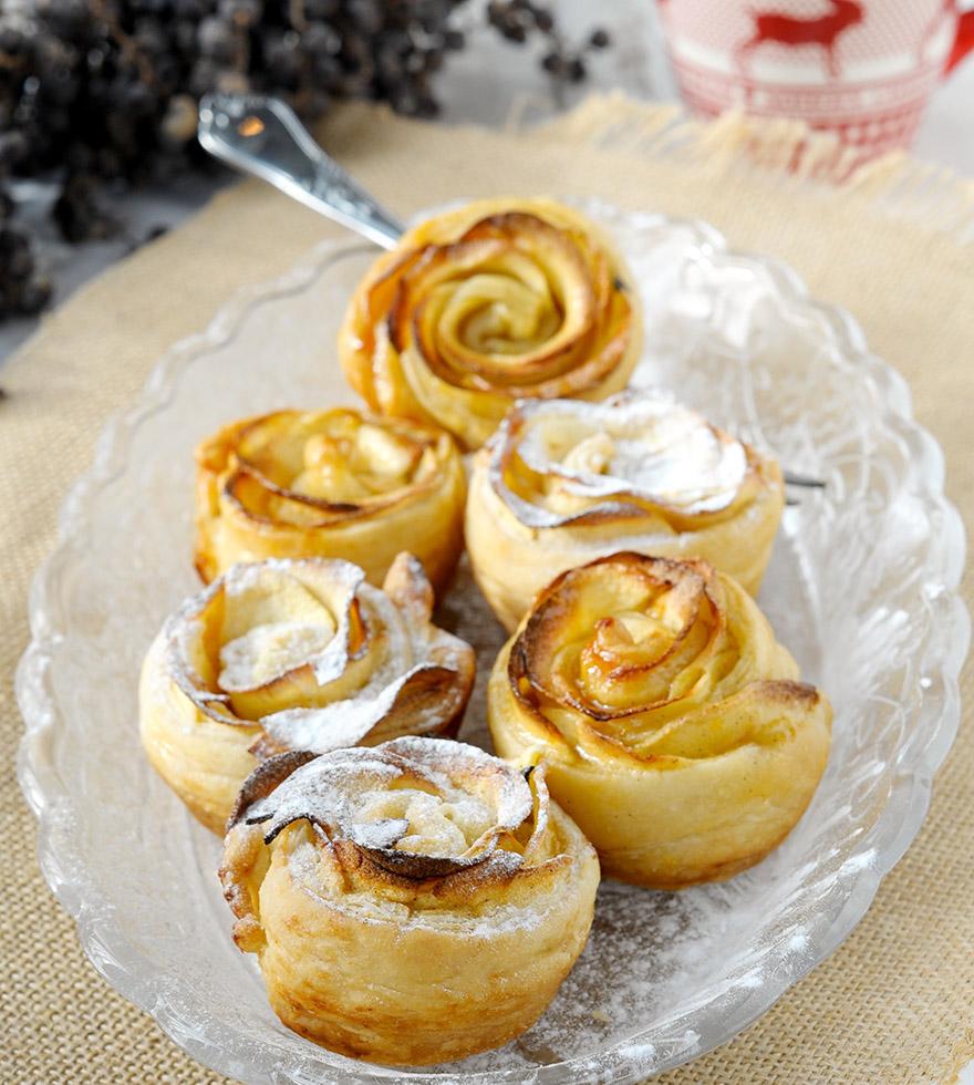 Leveles tészta rózsák almával