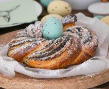 Mákos húsvéti koszorú