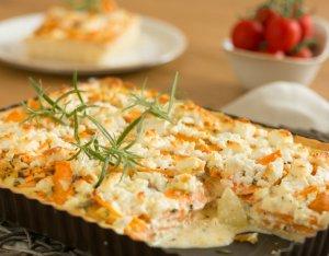 Édesburgonyás tortácska friss pizzatésztából
