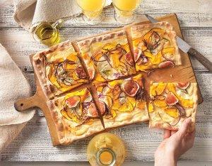 Pizzatészta sütőtökkel és fügével