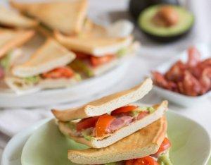 Avokádós szendvics