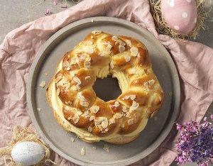 Húsvéti koszorú tojáslikőrös töltelékkel