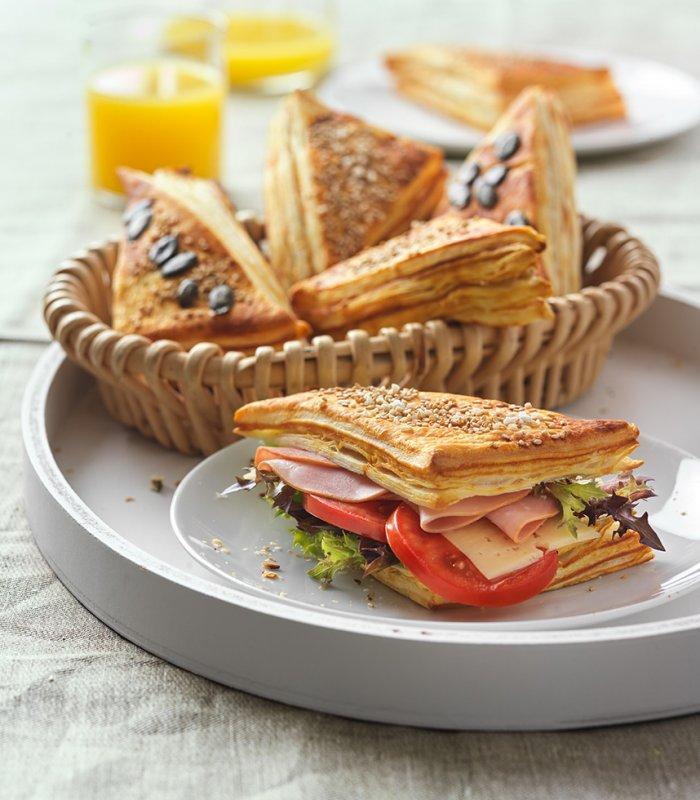szendvics élesztős leveles tésztából