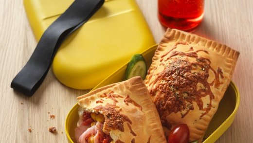 mediterrán pizzatáskák