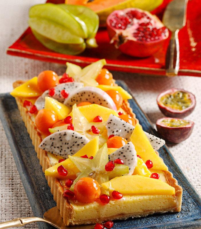 Torta egzotikus gyümölcsökkel